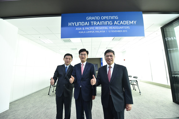 L to R - Mr Lau Yit Mun, Mr Park Sang-Min and Mr Dennis Ho at the Asia Pacific Hyundai Training Academy