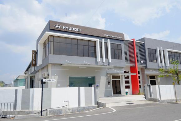 Premium Autoworld 2S GDSI (Front View)